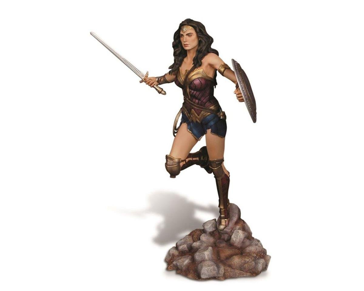 Moebius Model Wonder Woman, Batman V Superman DOG: Kit