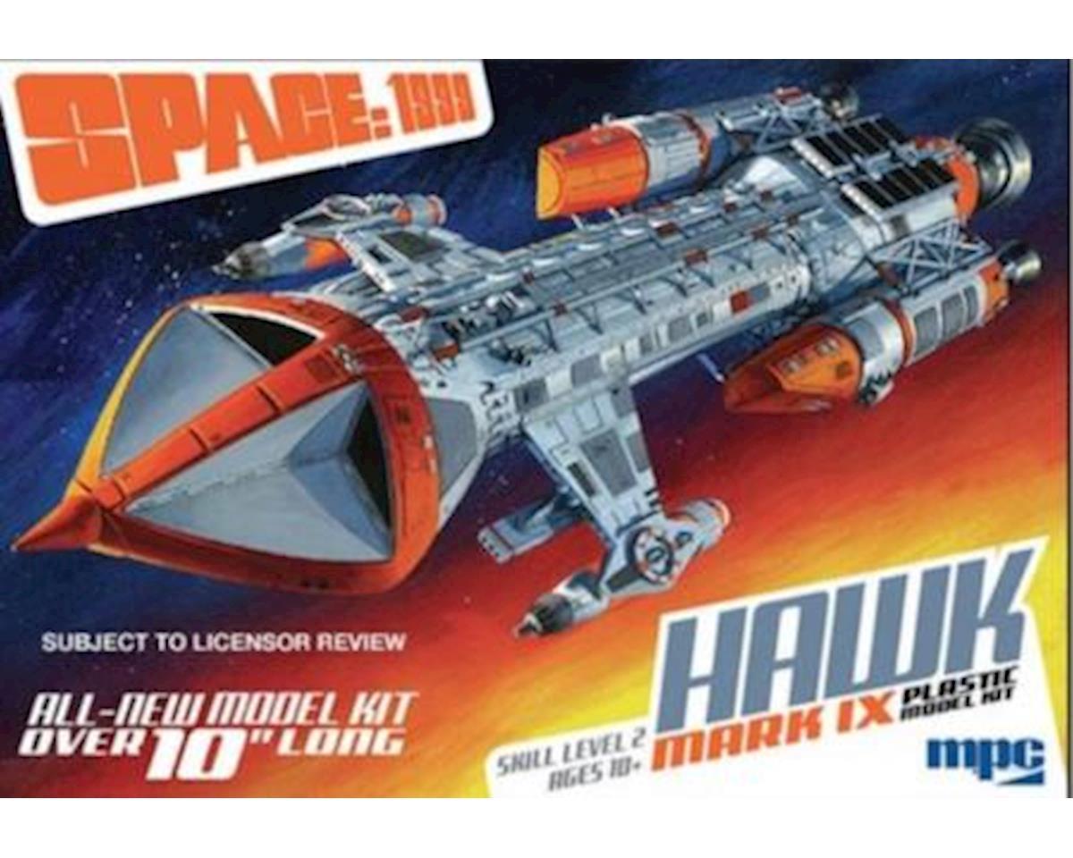 Round 2 MPC 1/72 Space: 1999 Hawk Mk IX