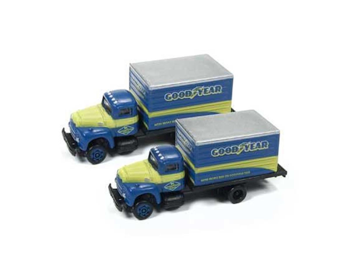 Classic Metal Works N White WC22 Box Truck, Goodyear Tires (2)