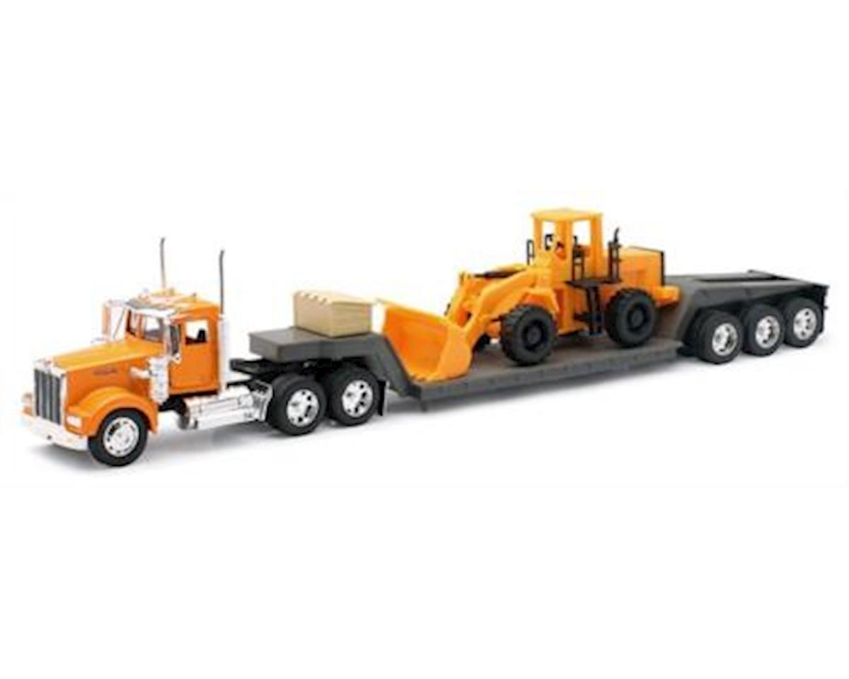 New Ray 1/32 1979 Kenworth W900 w/Lowboy Trailer & Front E