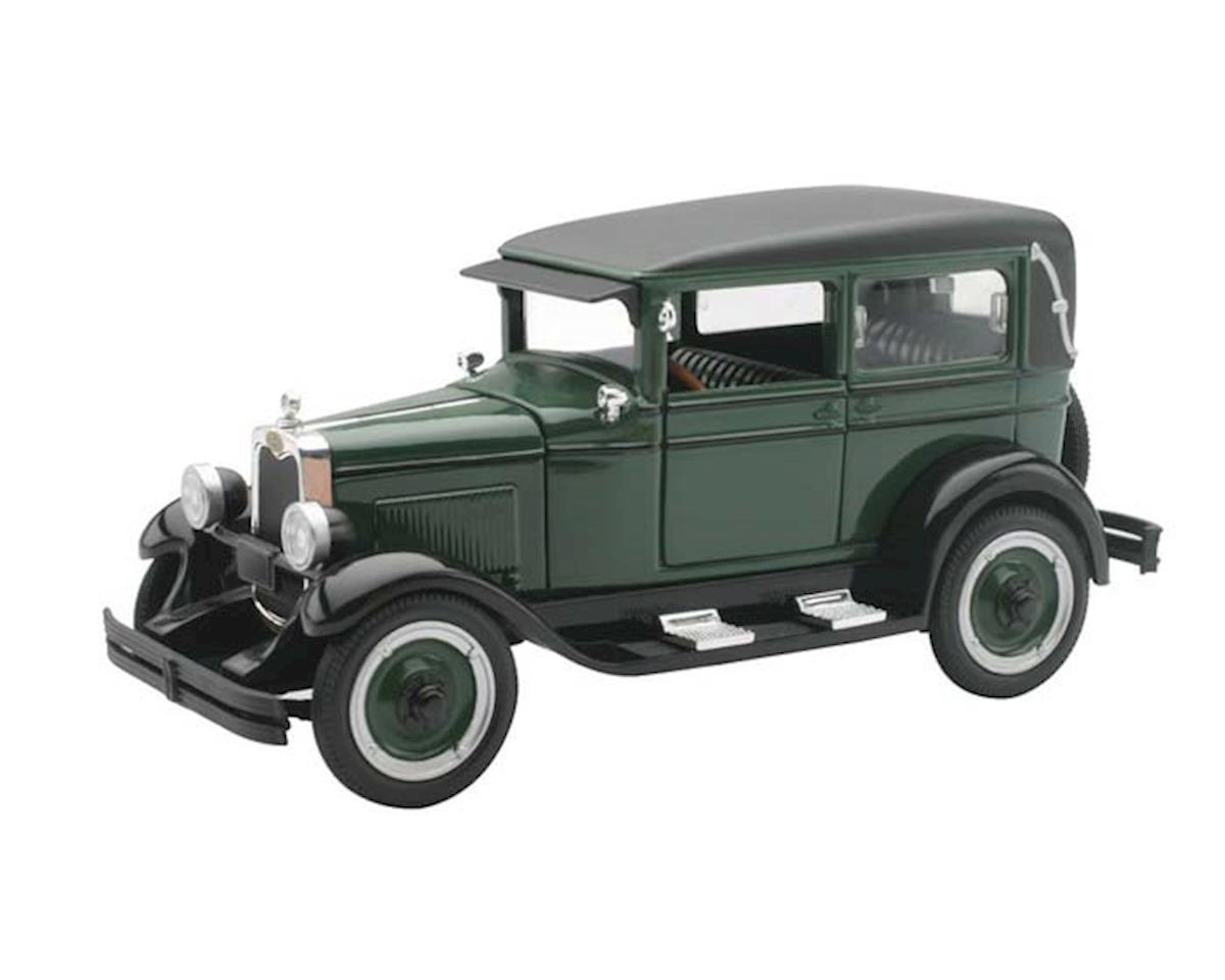 New Ray SS-55173 1/32 1928 Chevy Imperial Lanau 4 Door Green