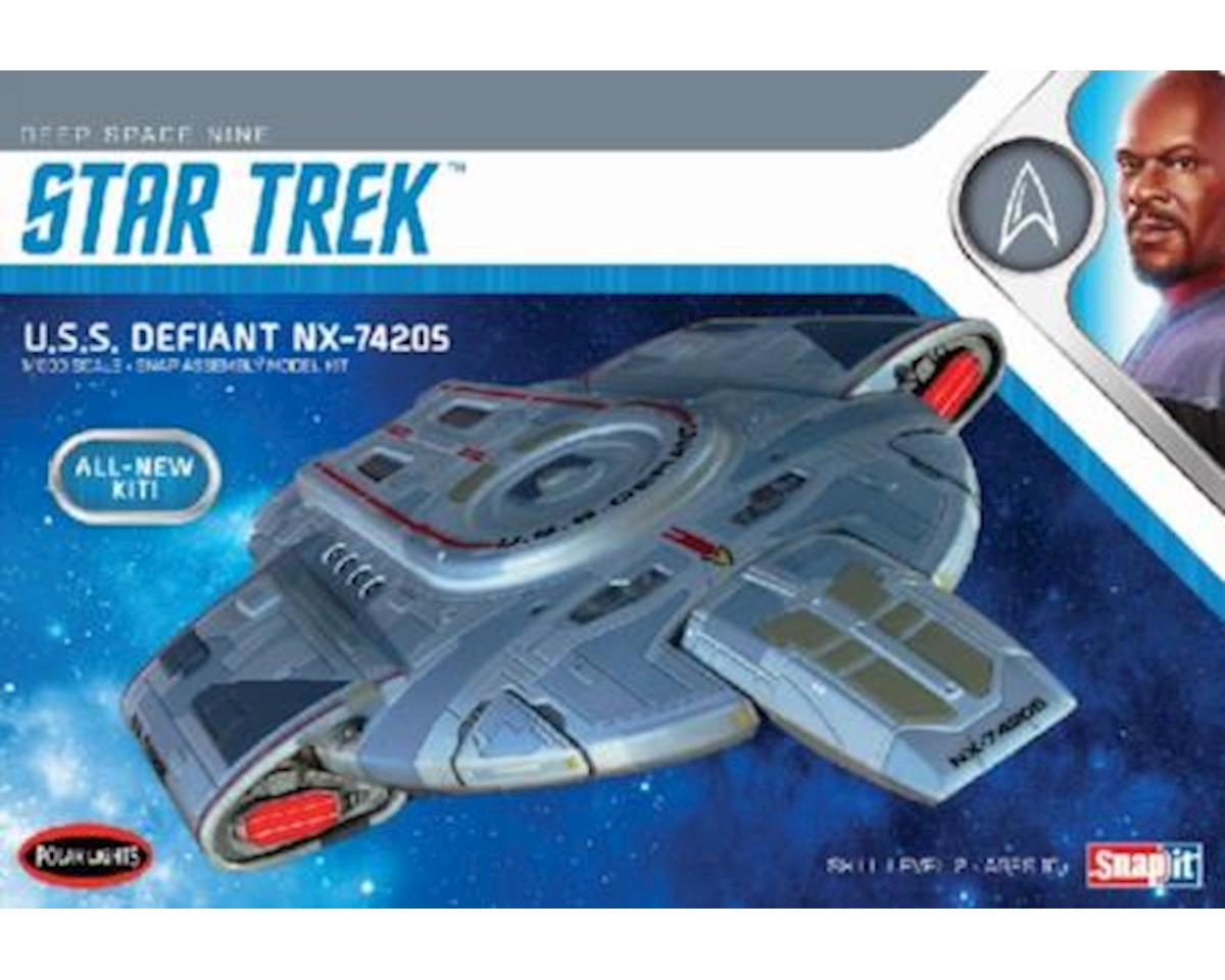 Round 2 Polar Lights 1/1000 Star Trek USS Defiant
