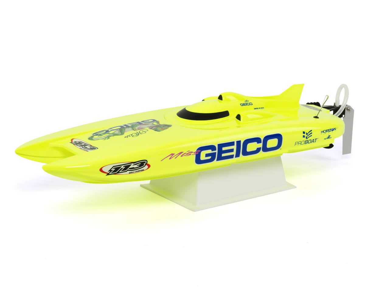 Pro Boat Miss GEICO 17 Catamaran RTR Boat w/Pro Boat 2.4GHz Radio System