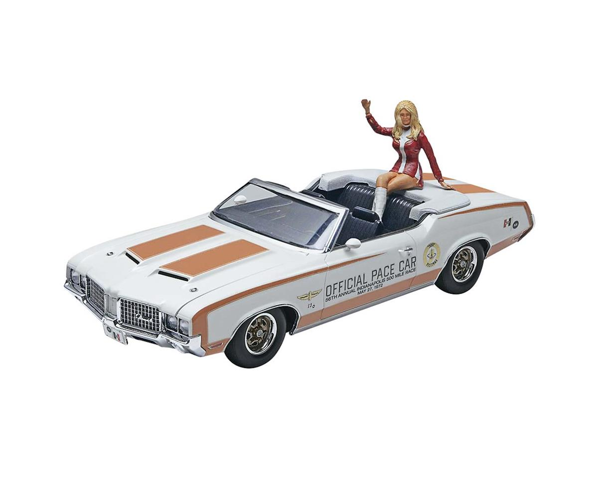 1/25 1972 Olds Indy Pace Car W/Figure by Revell