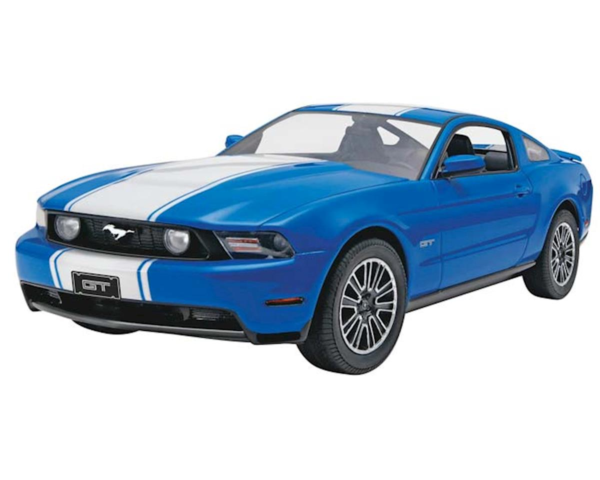 1/25 2010 Ford Mustang Gt Coupe by Revell
