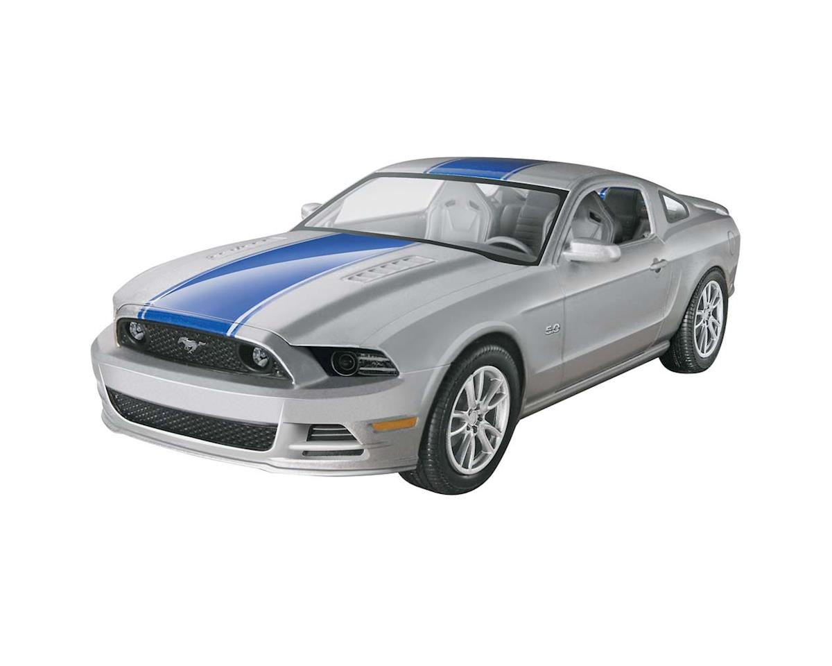 1/25 2014 Mustang Gt by Revell
