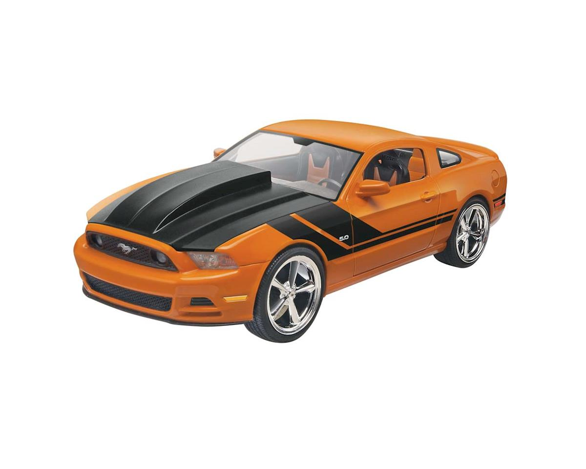 1/25 Mustang Gt by Revell
