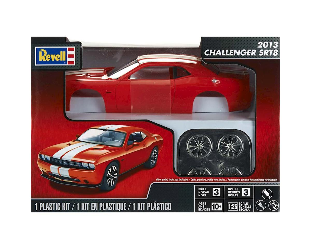 854390 1/25 2013 Challenger SRT8 Orange by Revell
