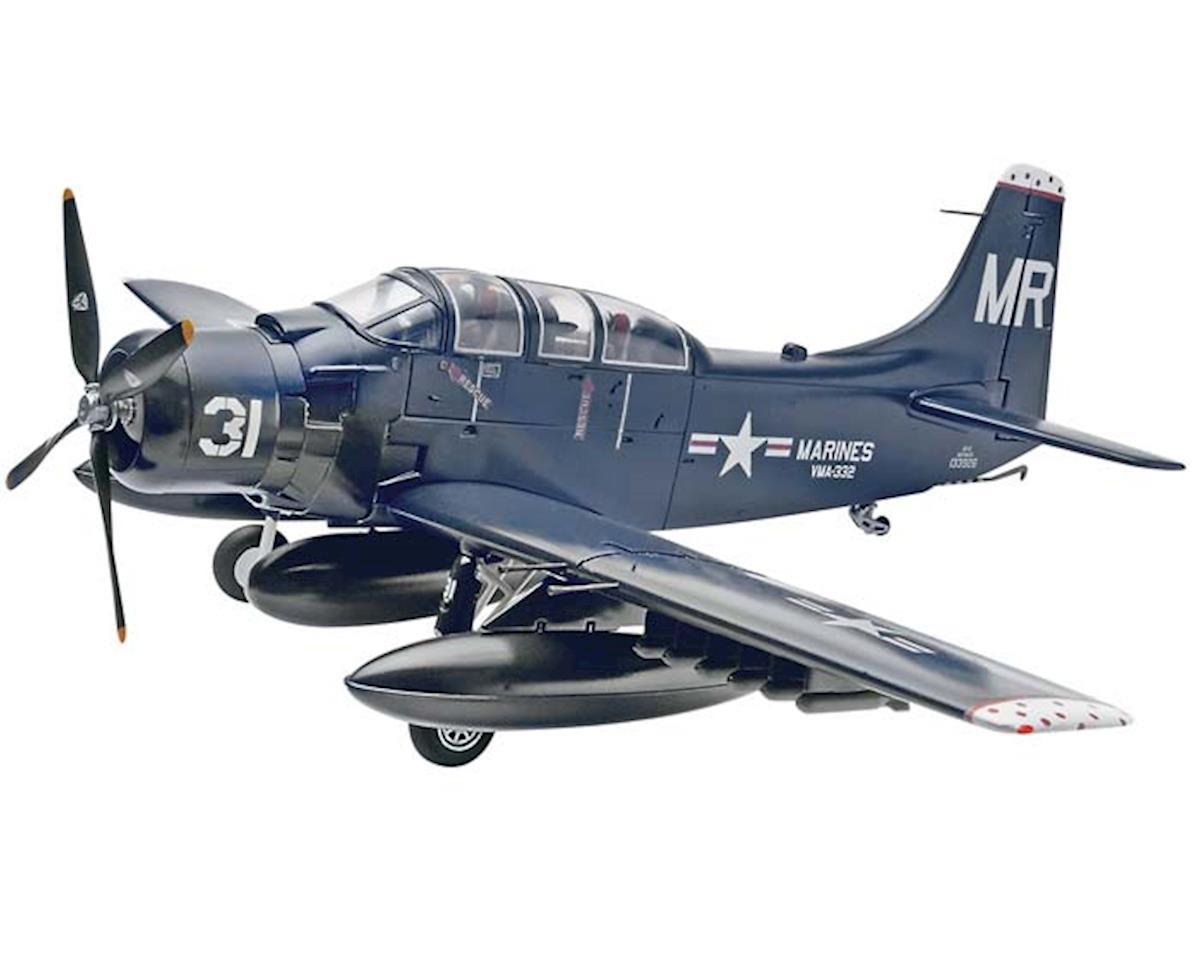 1/48 Skyraider Ad-5 A-1E by Revell
