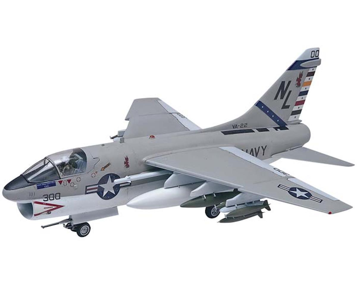 Revell 1/48 A7a Corsair II Aircraft