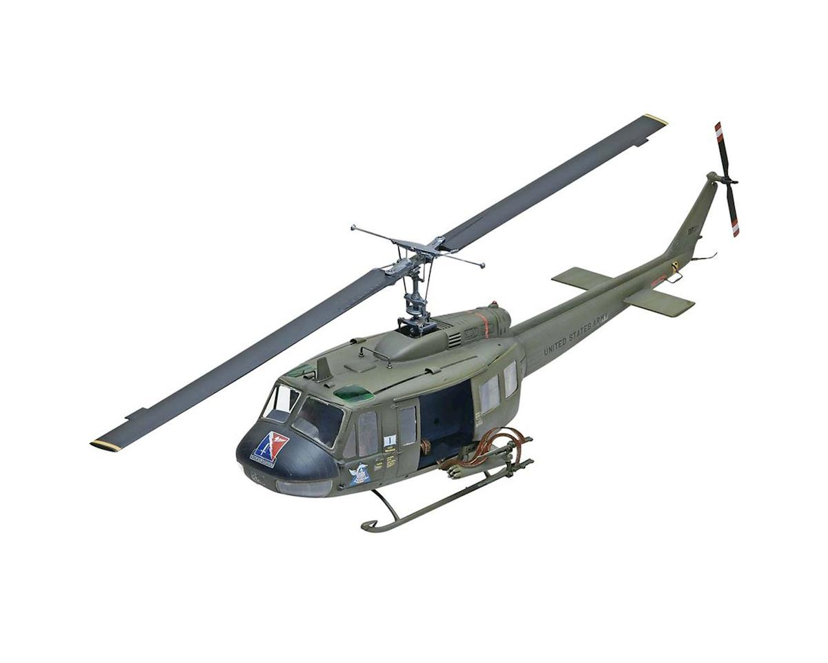 1/32 Uh-1D Huey Gunship by Revell