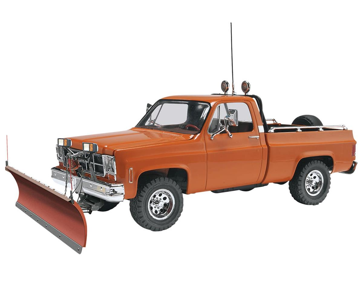 1/24 GMC Pickup w/Snow Plow by Revell