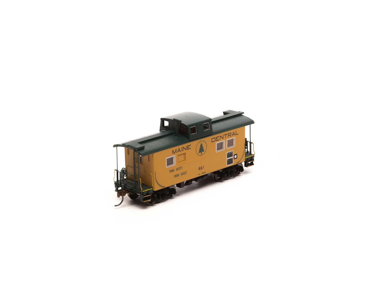 Roundhouse HO Eastern Caboose, MEC #661