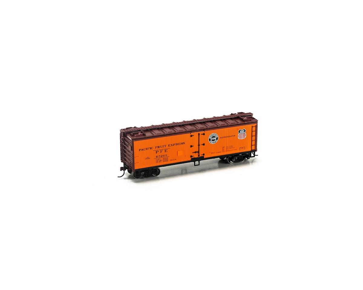 Roundhouse HO 40' Wood Reefer, PFE #65208