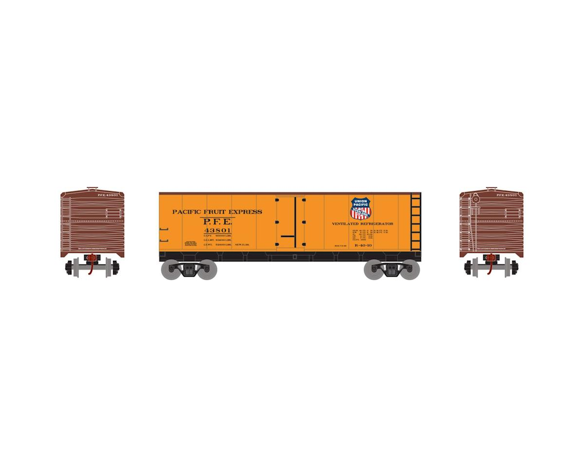 HO 40' Steel Reefer, PFE/Overland #43801 by Roundhouse
