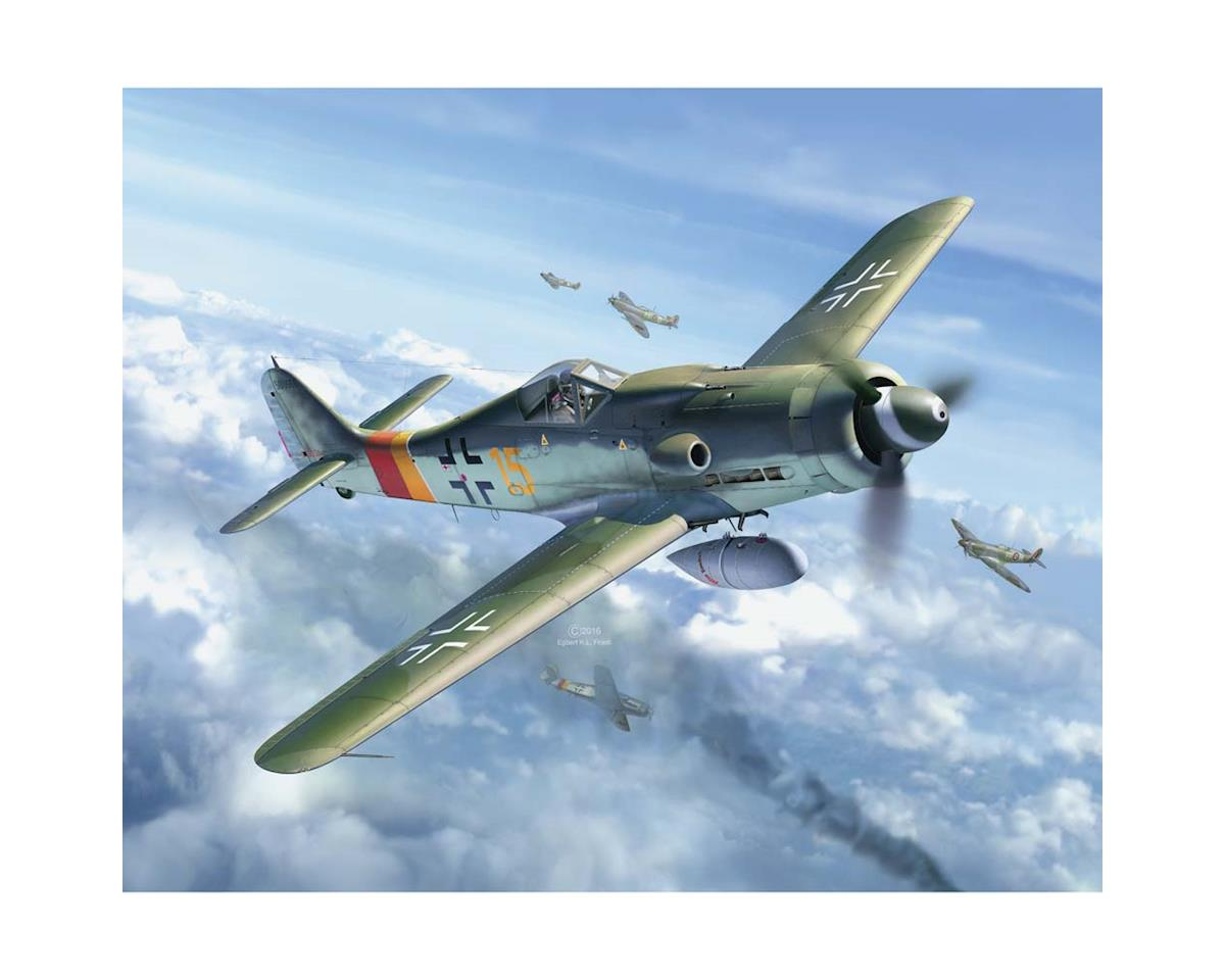 03930 1/48 Focke Wulf Fw 190 D-9 by Revell Germany