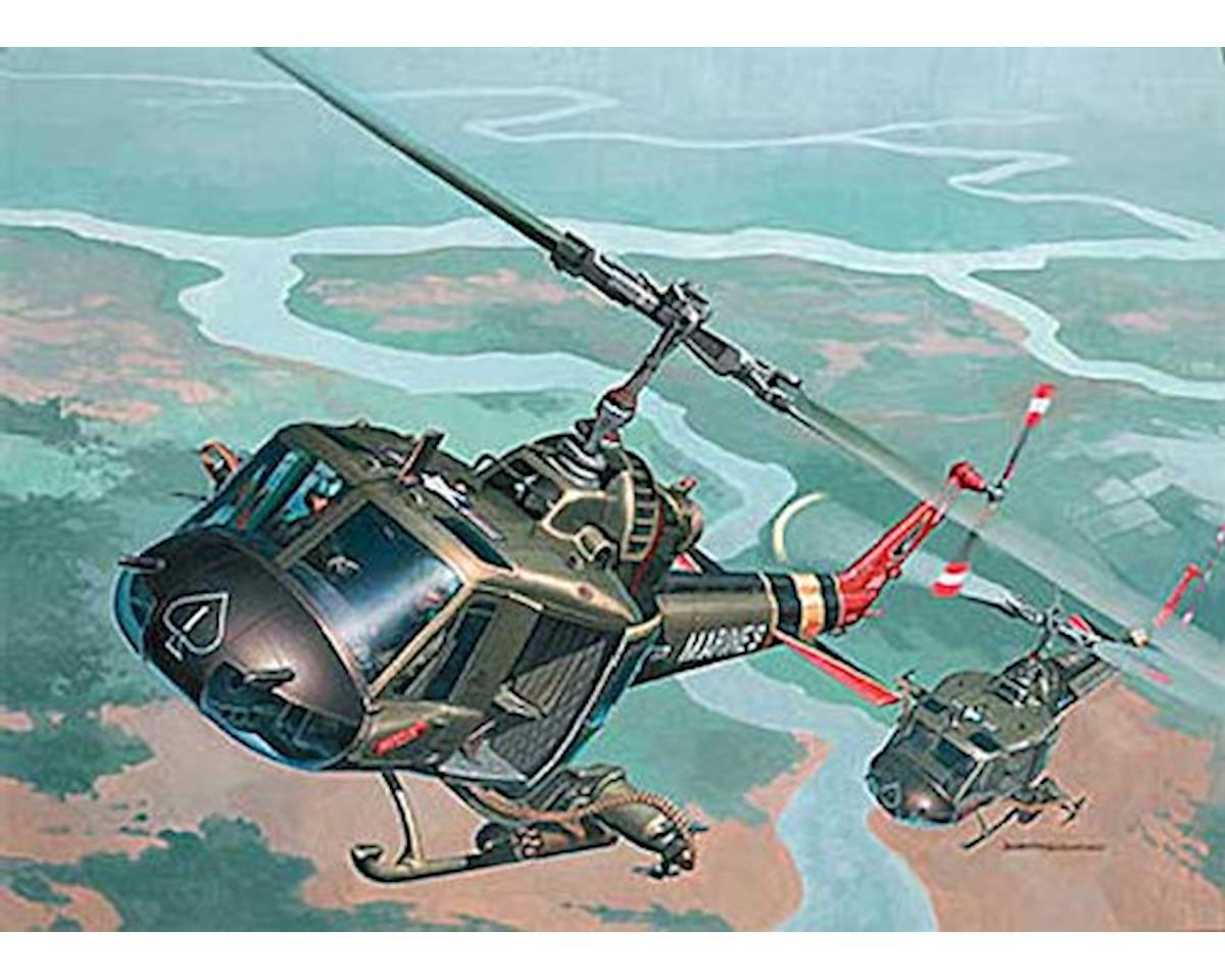Revell Germany 04476 1/48 Bell UH-1C/B Huey Hog