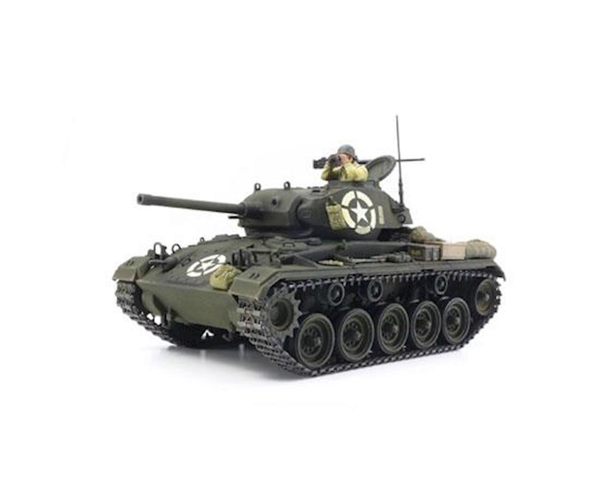 37020, 1/35 US Light Tank M24 Chaffee (ITALERI) by Tamiya