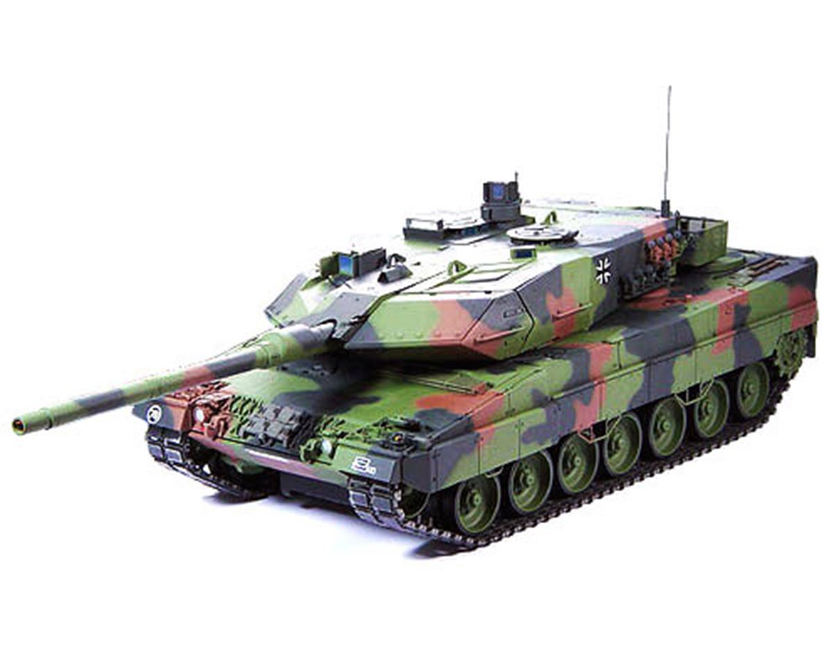 "Tamiya Leopard 2 A6 ""Full Option"" 1/16 Tank Kit"