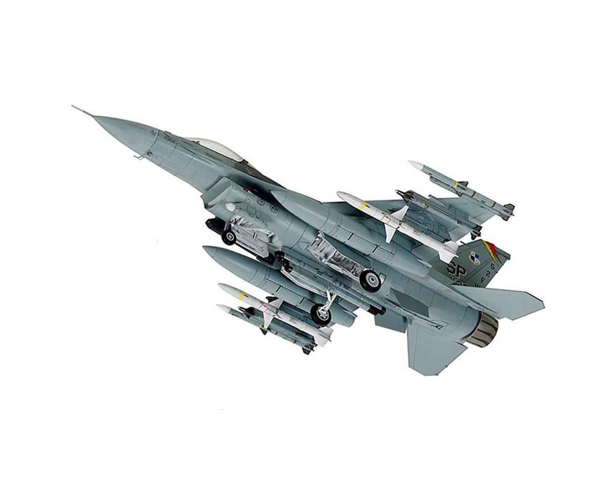 Tamiya 60788, 1/72 F-16 CJ Fighting Flacon , w/equipment
