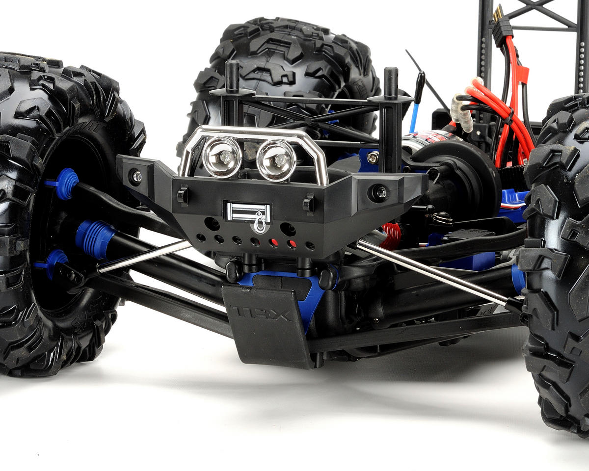 Traxxas Summit Electric 4WD Monster Truck RTR w/TQi 2.4GHz, LiPos & Chargers