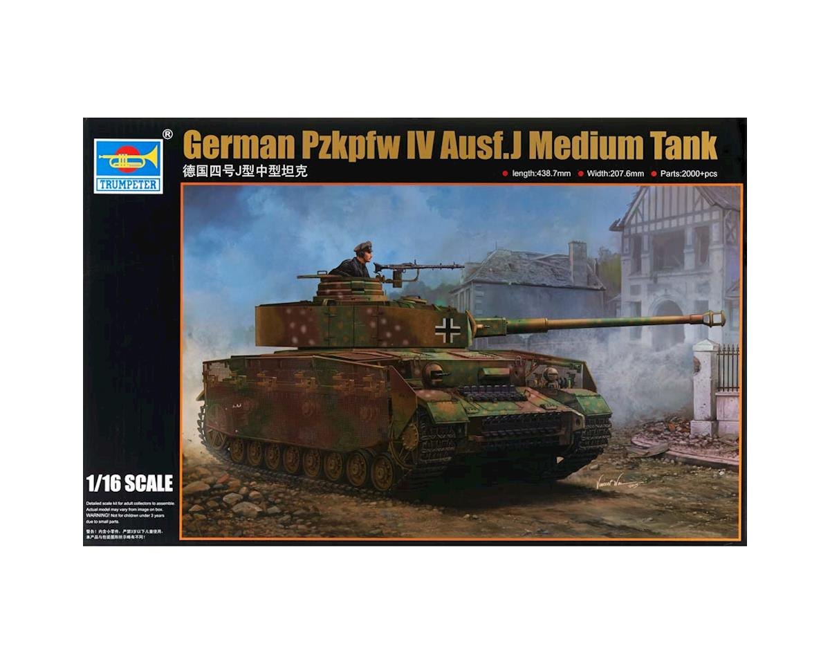Trumpeter Scale Models 921 1/16 German Pzkpfw IV Ausf J Medium Tank