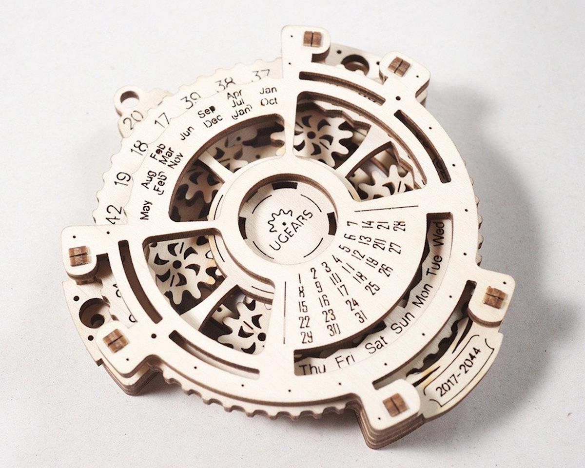 Date Navigator Wooden 3D Model