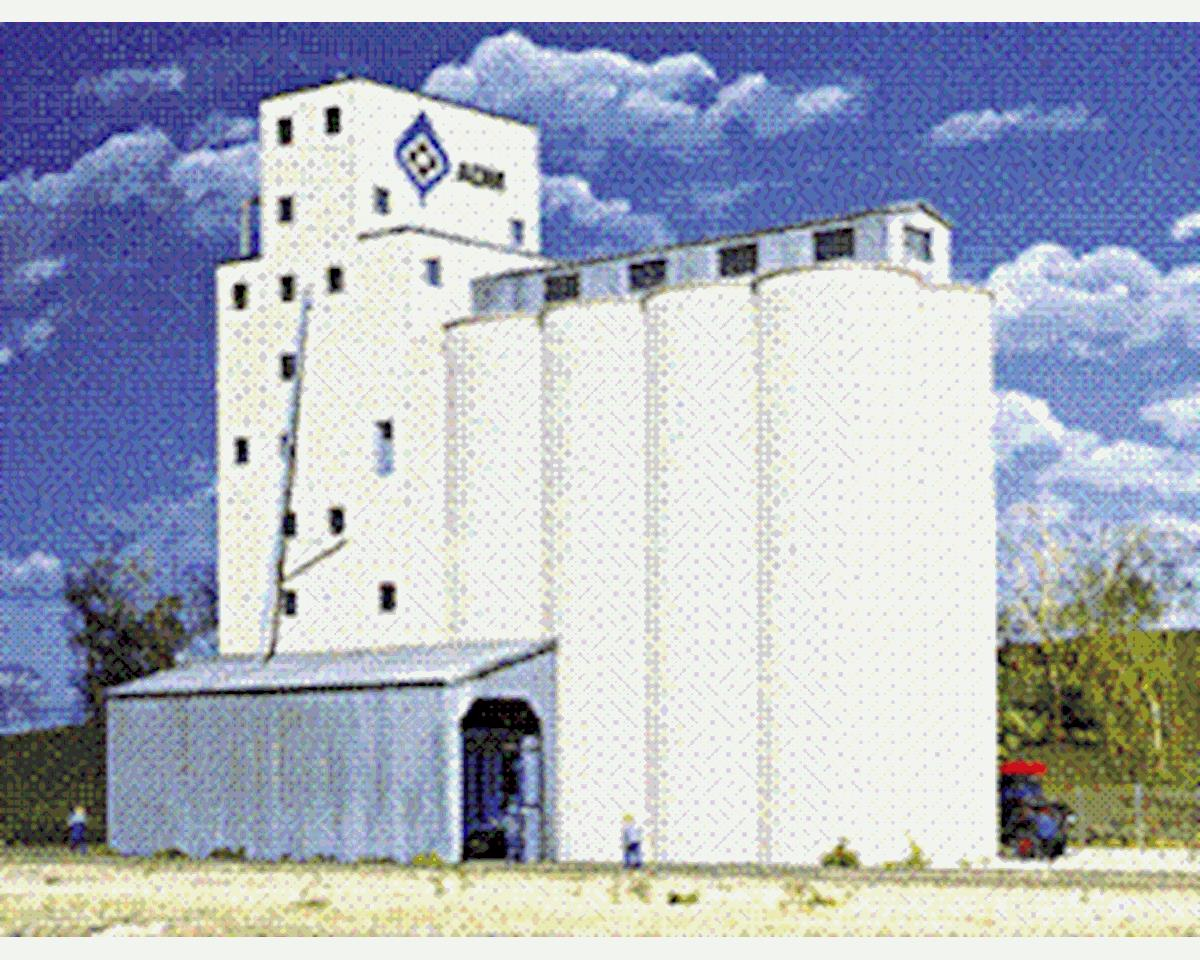 Walthers ADM Grain Elevator