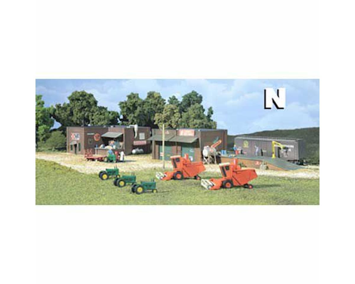 Woodland Scenics N KIT DPM Gold Olsen Feed/Larson's Implement
