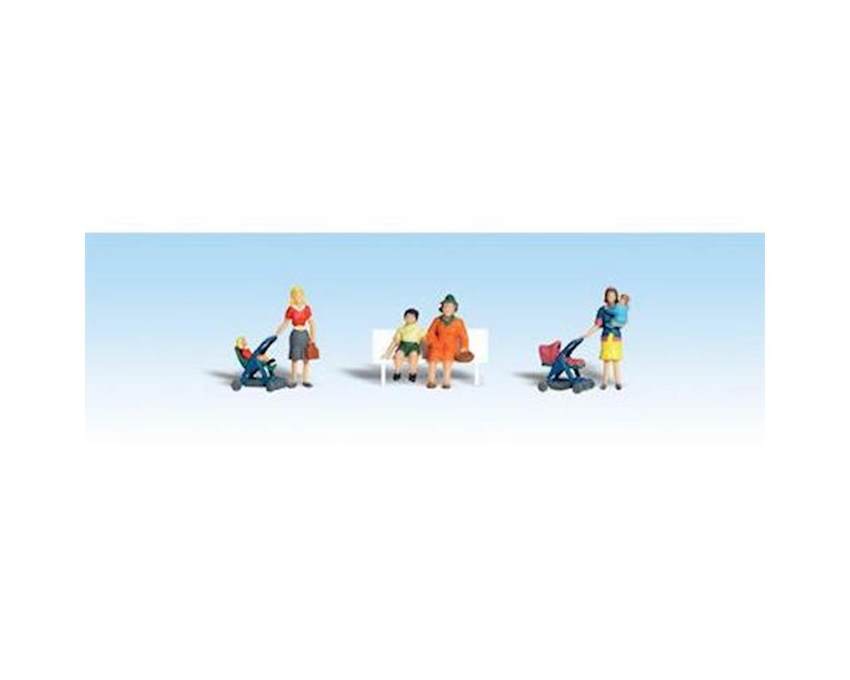 HO Moms & Kids by Woodland Scenics