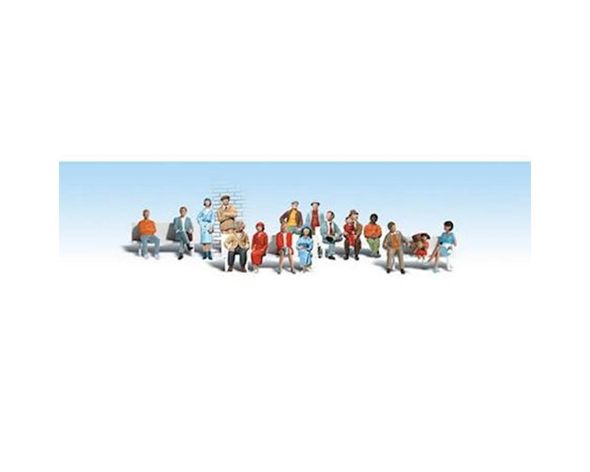 HO Sixteen Passengers by Woodland Scenics