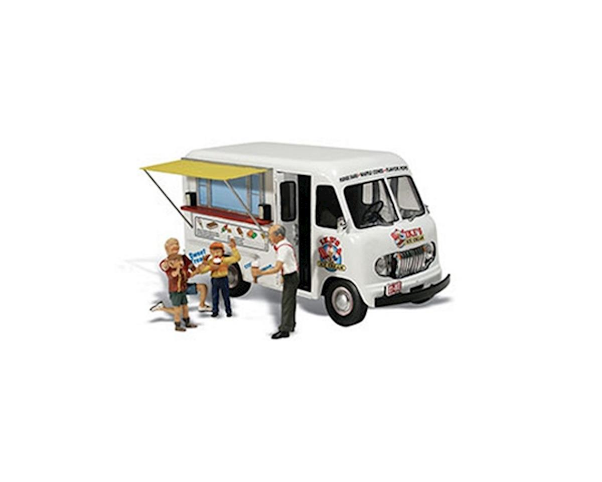 HO Ike's Ice Cream Truck by Woodland Scenics