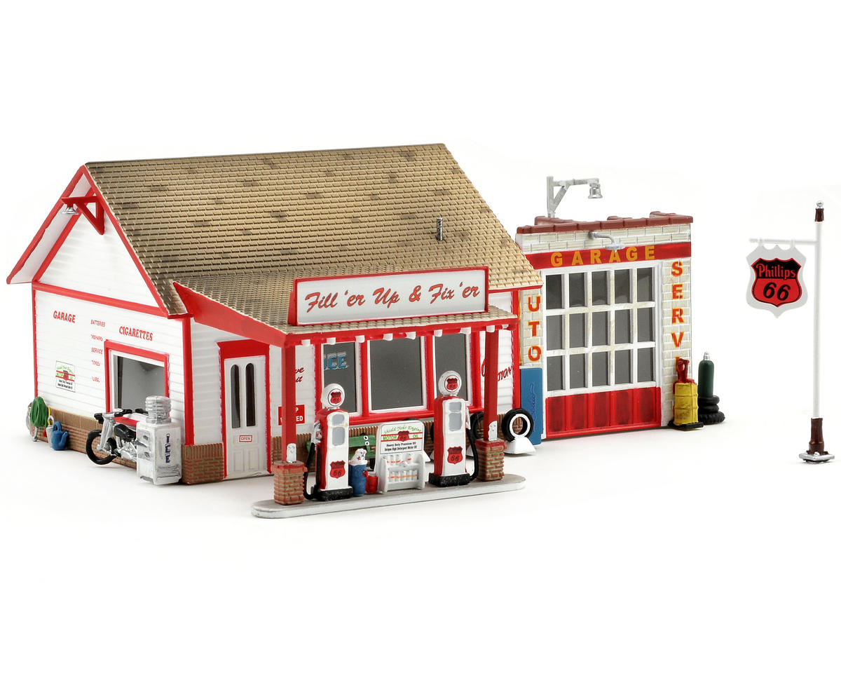 HO-Scale Built-Up Fill'er Up & Fix'er Service Station by Woodland Scenics