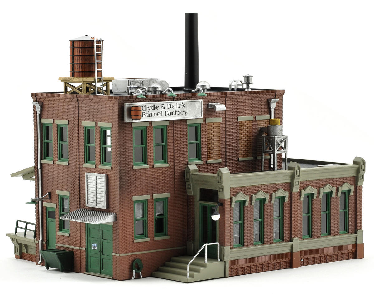 HO-Scale Built-Up Clyde & Dale's Barrel Factory