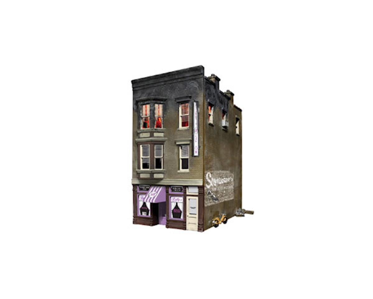 HO BETTY'S BURNING BUILDI by Woodland Scenics